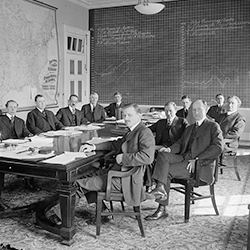 Bankers serving agriculture circa 1910 to 1920 (Library of Congress)